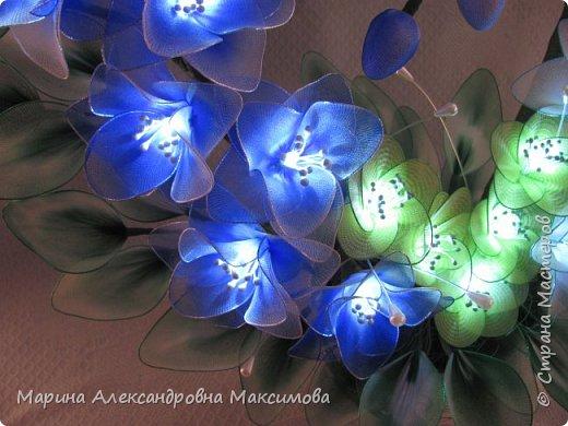 """Светильник """"Лилии"""" переливается плавно разными цветами.  фото 18"""