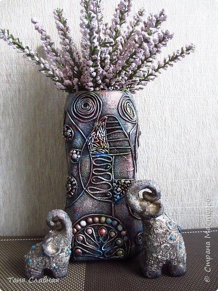Всем привет! Вот эти слоники и ваза, бывшая не так давно банкой из-под кофе, - мои эксперименты.  Покажу по порядку. Начну со слоников. фото 16
