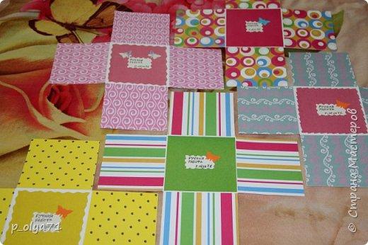 Здравствуйте!!!! Почти 2 недели занималась коробочками,очень мне понравилось их делать,приготовила в подарки на дни рождения,некоторые уже подарены.  Использовала: акварельная бумага(основа),скрапбумага(кстати,случайно увидела наборы в ФиксПрайсе,взяла на пробу - хорошая бумага по такой очень доступной цене!),офисная цветная бумага(распечатывала пожелания,делала цветы),фотобумага(картинки из инета),ленты(самодельные розы в корзиночках и банты на коробочках),искусственная зелень (в корзиночках),сизаль,различные наклейки для декора(шарики воздушные,бантики..) фото 52