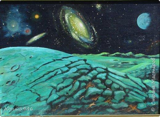 Космос. Размер 47х33 см, фанера, масло.   ...Когда моей дочке Ирине было семь лет, она меня попросила - Папа, нарисуй космос! Я и нарисовал, собрав вместе планеты, звёзды и галактики...