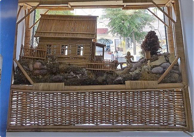Плетение из соломы \\ Оформление витрины булочной в г.Орёл фото 8