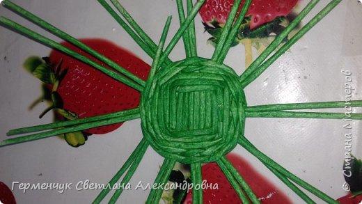 Добрый вечер !!!  Вот такая  получилась у меня   конфетница с плетеным донышком  .                                                                   фото 4