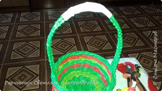 Добрый вечер !!!  Вот такая  получилась у меня   конфетница с плетеным донышком  .                                                                   фото 12