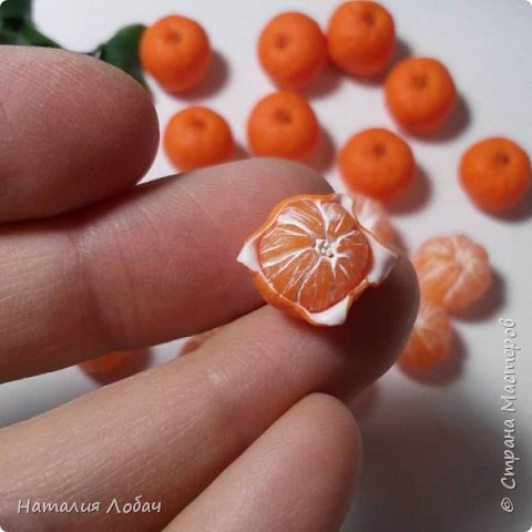 Браслет с мандаринами из запекаемой полимерной глины) фото 4