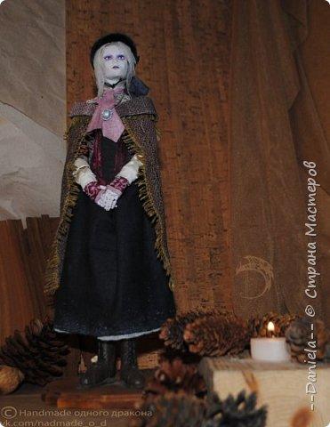 Взялась переделывать лица старым куклам, дошло дело и до моей собственно Куклы...  Кукла - потому что она по игре Bloodborne  именно Кукла) Doll, короче.  Ее первоначальный вариант - https://stranamasterov.ru/node/1089737 фото 4