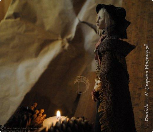 Взялась переделывать лица старым куклам, дошло дело и до моей собственно Куклы...  Кукла - потому что она по игре Bloodborne  именно Кукла) Doll, короче.  Ее первоначальный вариант - https://stranamasterov.ru/node/1089737 фото 7