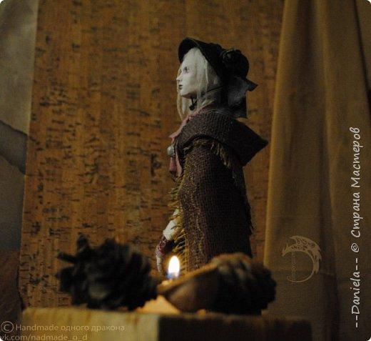 Взялась переделывать лица старым куклам, дошло дело и до моей собственно Куклы...  Кукла - потому что она по игре Bloodborne  именно Кукла) Doll, короче.  Ее первоначальный вариант - https://stranamasterov.ru/node/1089737 фото 8
