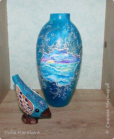 Теперь у меня есть свой личный кусочек моря! Высота вазочки около 17 см. Расписывала витражными красками Декола на водной основе, акрилом и контурами.  фото 2