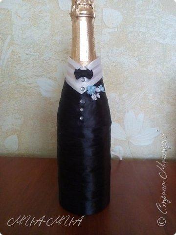 Доброго времени суток, Страна!! Продолжаю готовиться к свадьбе Дашеньки. К шкатулке  https://stranamasterov.ru/node/1147715  добавились еще 4 бутылки. Две - костюмы на бутылки и две под домашние напитки (молодые нальют в них свои домашние напитки). фото 5