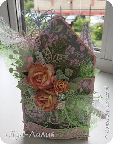 Добрый день!!! Давно я не брала в руки бумагу и цветы(((  Но я исправлюсь))) Покажу открытку- конверт по мк Татьяны Егурновой.  Конвертик получился очень нежный. фото 3