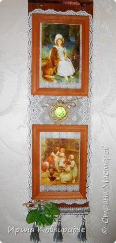 Два панно. Основа ДВП (50х15 см) Резиновая салфетка, разрезанная на 2 части, рамочки для фото, распечатки, тесьма. ленты. фото 5