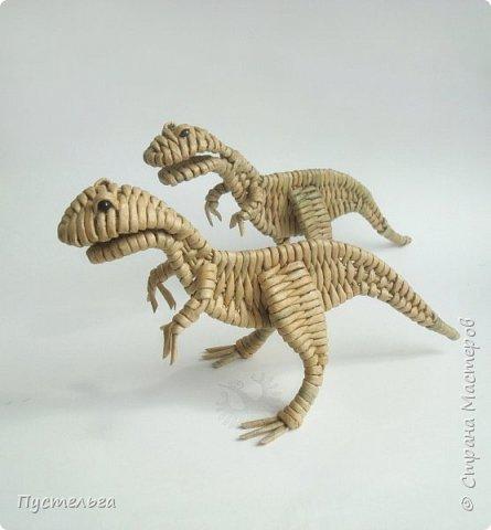 У каждой бабушки должна быть парочка динозавров в шкафу на случай приезда внуков!  фото 26