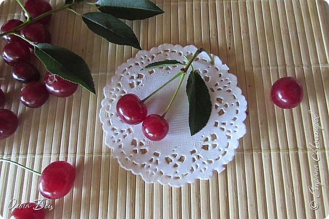Доброго дня всем жителям Страны Мастеров! ягодное лето продолжается! Сегодня угощаемся спелой ВИШНЕЙ! Немного фото, поэзии и кулинарное блюдо с вишней! фото 2
