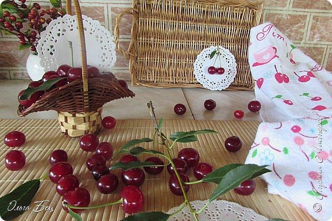 Доброго дня всем жителям Страны Мастеров! ягодное лето продолжается! Сегодня угощаемся спелой ВИШНЕЙ! Немного фото, поэзии и кулинарное блюдо с вишней! фото 4