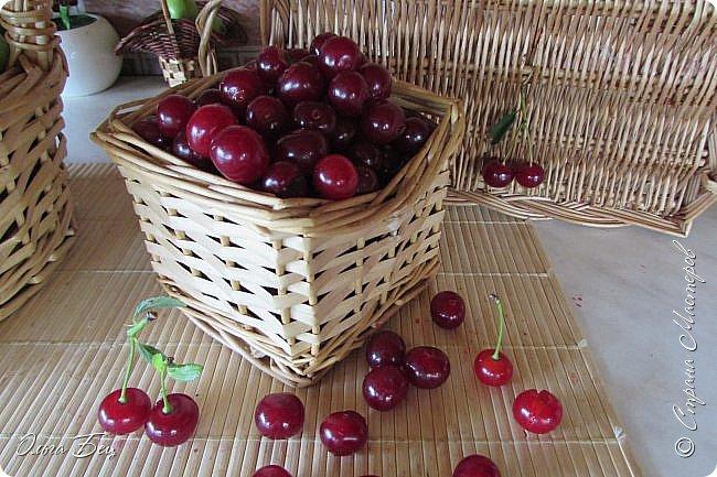 Доброго дня всем жителям Страны Мастеров! ягодное лето продолжается! Сегодня угощаемся спелой ВИШНЕЙ! Немного фото, поэзии и кулинарное блюдо с вишней! фото 1