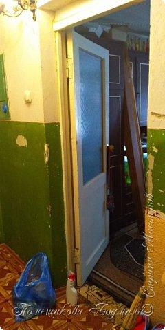 Здравствуйте, уважаемые жители Страны Мастеров!  Сегодня я хочу поделиться нашим косметическим ремонтом в коридоре нашей съёмной квартиры. А пришлось это делать из-за наших любимых котеек Тошика и Смузика. фото 10