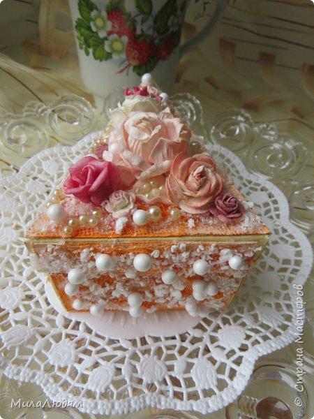Всем доброго летнего дня! Хорошего настроения и бодрости духа! А я хочу показать новоиспеченные пирожные.   фото 10