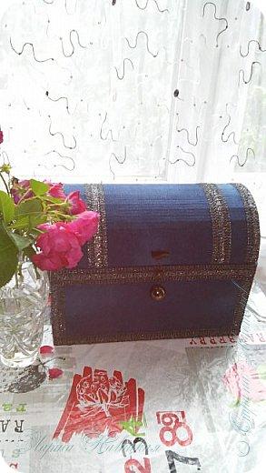 Ещё один сундук.Использовала картонную коробку. Уплотняла,конечно,картоном..люблю прочность. фото 7