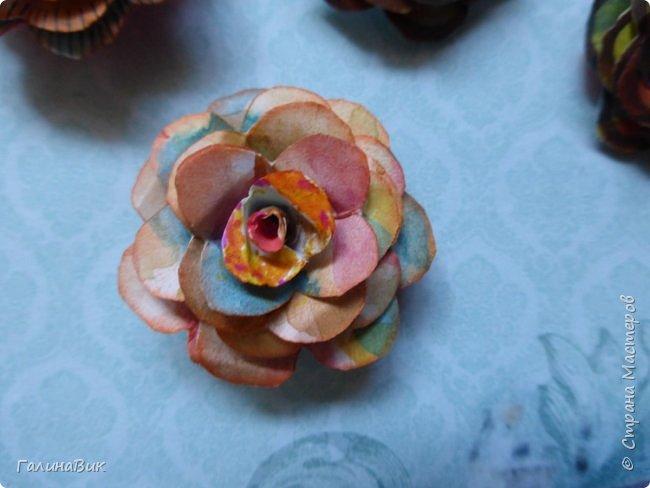 Всем добрый вечер! Предлагаю посмотреть коробочки для сладостей и самодельные цветы. Ниже привожу мини-МК таких цветов. фото 26