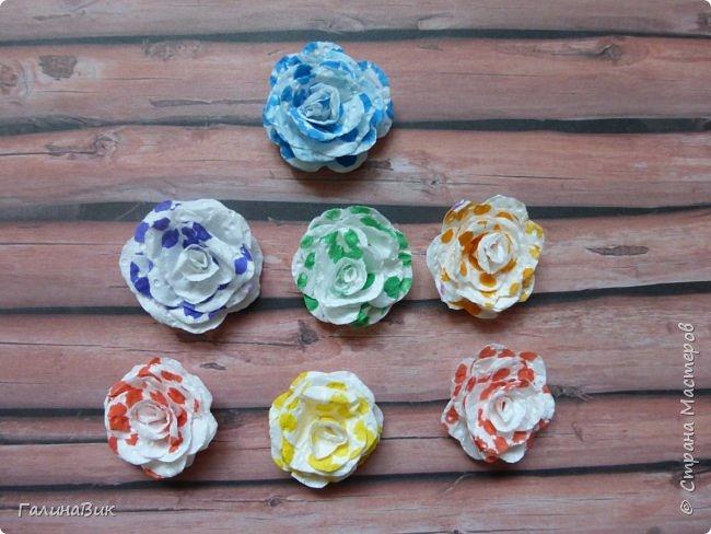 Всем добрый вечер! Предлагаю посмотреть коробочки для сладостей и самодельные цветы. Ниже привожу мини-МК таких цветов. фото 23