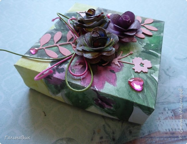 Всем добрый вечер! Предлагаю посмотреть коробочки для сладостей и самодельные цветы. Ниже привожу мини-МК таких цветов. фото 13