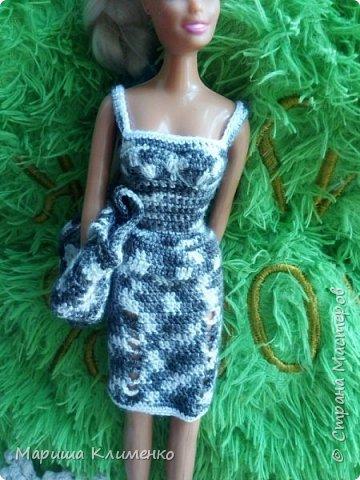 Вязаный костюм для куклы фото 4
