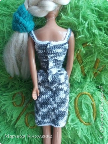 Вязаный костюм для куклы фото 5