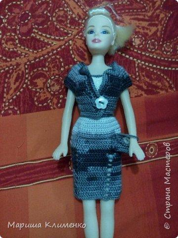 Вязаный костюм для куклы, два цвета фото 8