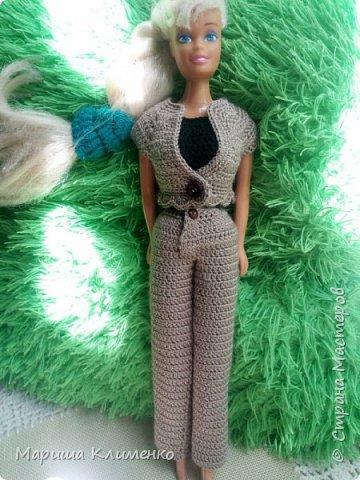 Вязаный костюм-тройка для куклы фото 1