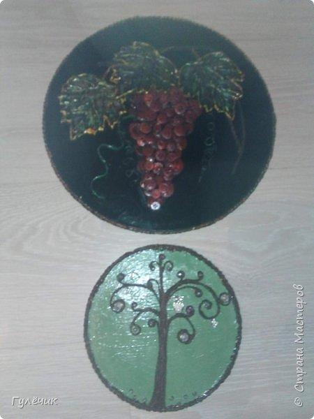 Виноград красный-отошла от стандартного чёрный и золочение, решила сделать его красным , листья с зелёными прожилками, с вкраплениями золотого и красного- как вышло судить вам) фото 5