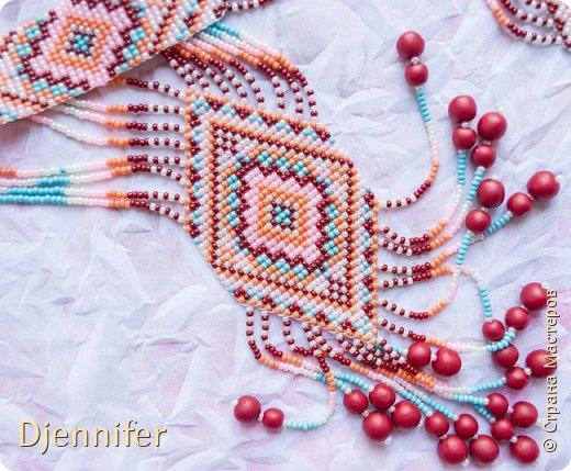 Здравствуйте! Хочу похвастаться своей работой в технике бисероплетение - прямое плетение с помощью станка) Это украшение носит название - гердан!  фото 1
