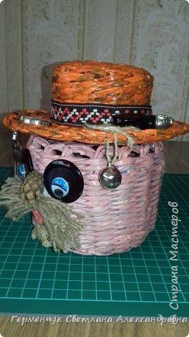 """Добрый день!!!  Сегодня представляю Вам  шкатулку """"Домовенок - оберег""""  из бумажных трубочек. фото 10"""