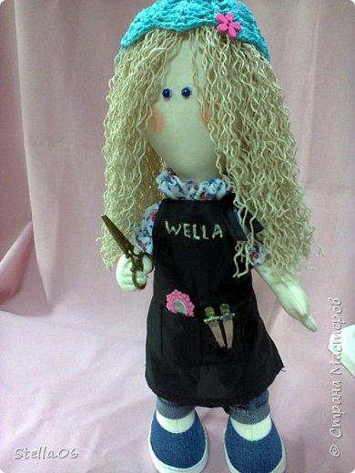 """Что то я в последнее время """"подсела"""" на кукол. Были в запасах ножницы, решила будет ПАРИКМАХЕР! фото 1"""