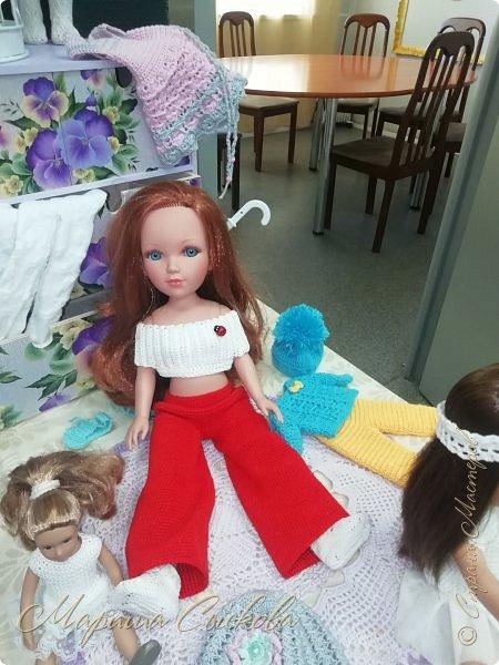 В воскресенье прошла моя вторая Выставка -Ярмарка : Планета кукол , которую я организовывала . Я со своими куколками . фото 40