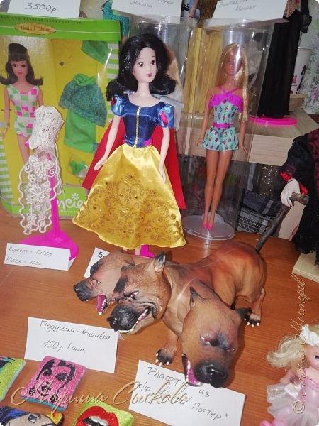 В воскресенье прошла моя вторая Выставка -Ярмарка : Планета кукол , которую я организовывала . Я со своими куколками . фото 41