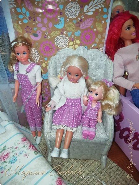 В воскресенье прошла моя вторая Выставка -Ярмарка : Планета кукол , которую я организовывала . Я со своими куколками . фото 42