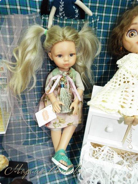 В воскресенье прошла моя вторая Выставка -Ярмарка : Планета кукол , которую я организовывала . Я со своими куколками . фото 12