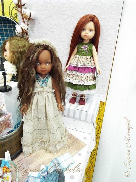 В воскресенье прошла моя вторая Выставка -Ярмарка : Планета кукол , которую я организовывала . Я со своими куколками . фото 13
