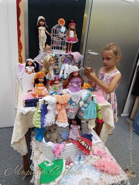 В воскресенье прошла моя вторая Выставка -Ярмарка : Планета кукол , которую я организовывала . Я со своими куколками . фото 14