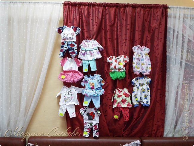 В воскресенье прошла моя вторая Выставка -Ярмарка : Планета кукол , которую я организовывала . Я со своими куколками . фото 17