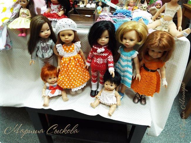 В воскресенье прошла моя вторая Выставка -Ярмарка : Планета кукол , которую я организовывала . Я со своими куколками . фото 22