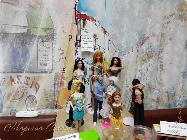 В воскресенье прошла моя вторая Выставка -Ярмарка : Планета кукол , которую я организовывала . Я со своими куколками . фото 24