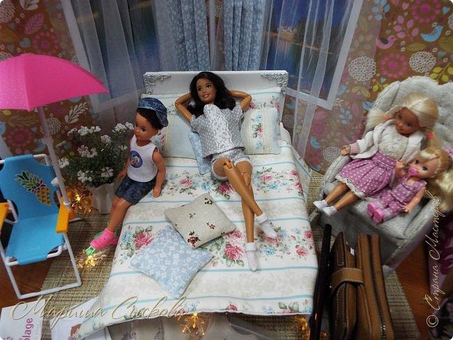 В воскресенье прошла моя вторая Выставка -Ярмарка : Планета кукол , которую я организовывала . Я со своими куколками . фото 30