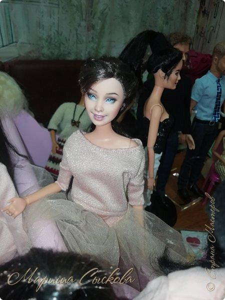 В воскресенье прошла моя вторая Выставка -Ярмарка : Планета кукол , которую я организовывала . Я со своими куколками . фото 52