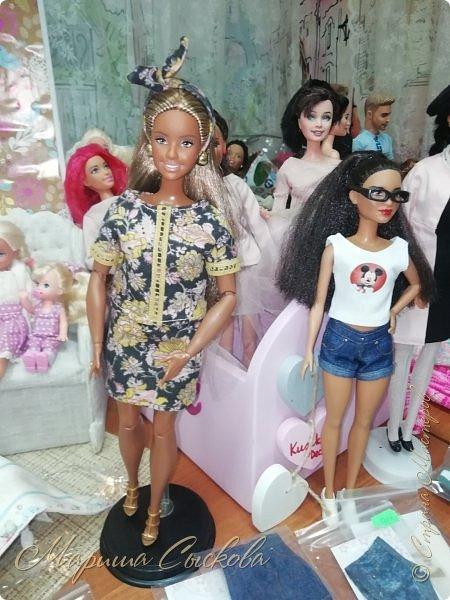 В воскресенье прошла моя вторая Выставка -Ярмарка : Планета кукол , которую я организовывала . Я со своими куколками . фото 55