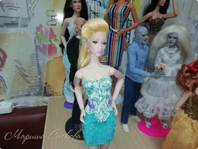 В воскресенье прошла моя вторая Выставка -Ярмарка : Планета кукол , которую я организовывала . Я со своими куколками . фото 58