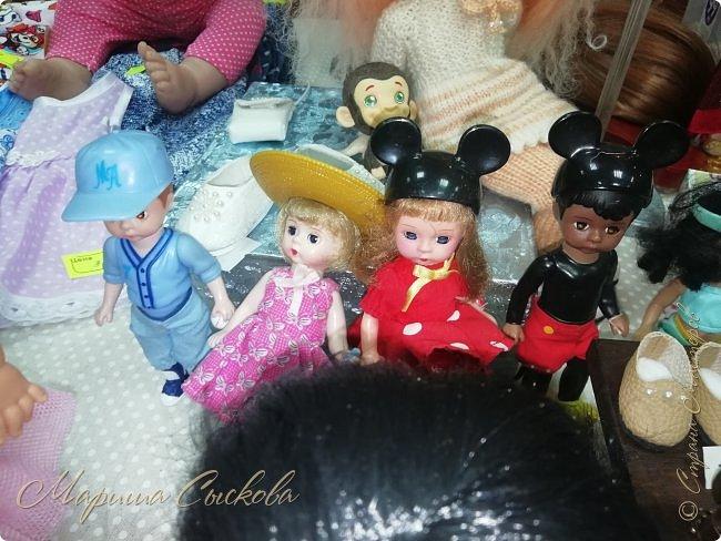 В воскресенье прошла моя вторая Выставка -Ярмарка : Планета кукол , которую я организовывала . Я со своими куколками . фото 59