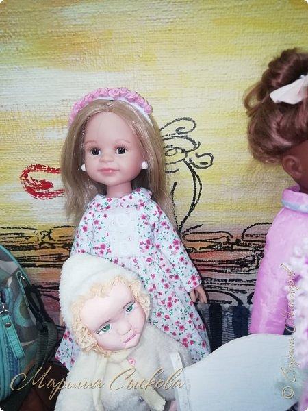 В воскресенье прошла моя вторая Выставка -Ярмарка : Планета кукол , которую я организовывала . Я со своими куколками . фото 63