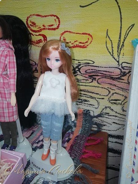 В воскресенье прошла моя вторая Выставка -Ярмарка : Планета кукол , которую я организовывала . Я со своими куколками . фото 65