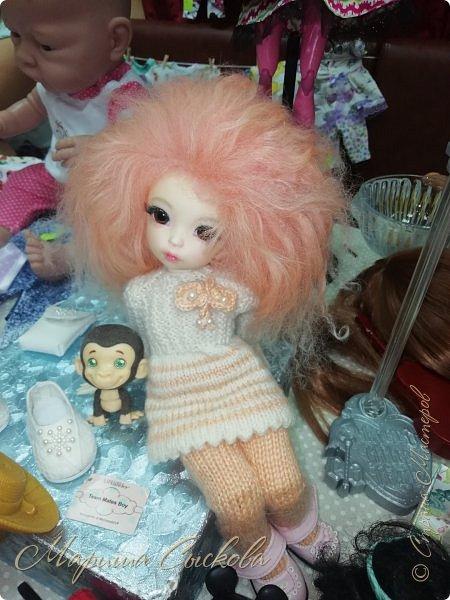 В воскресенье прошла моя вторая Выставка -Ярмарка : Планета кукол , которую я организовывала . Я со своими куколками . фото 66